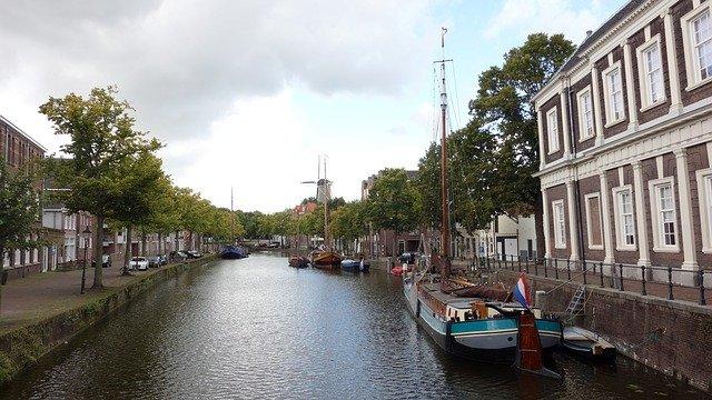 De rol van een makelaar in Schiedam